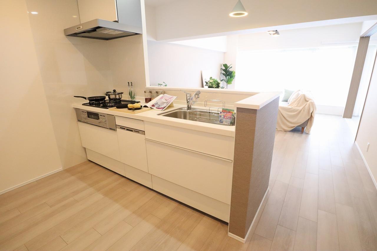 ※家具・調度品は販売価額に含まれません。(キッチン)